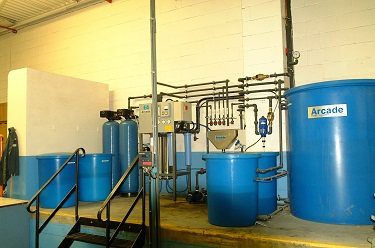 Centralised reverse osmosis plant and dosing system